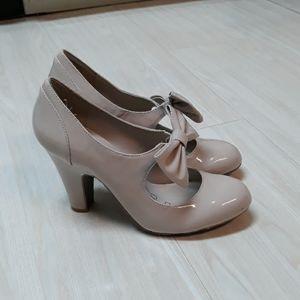 Kensie high heel pump shoes in nude tan sz 8.5